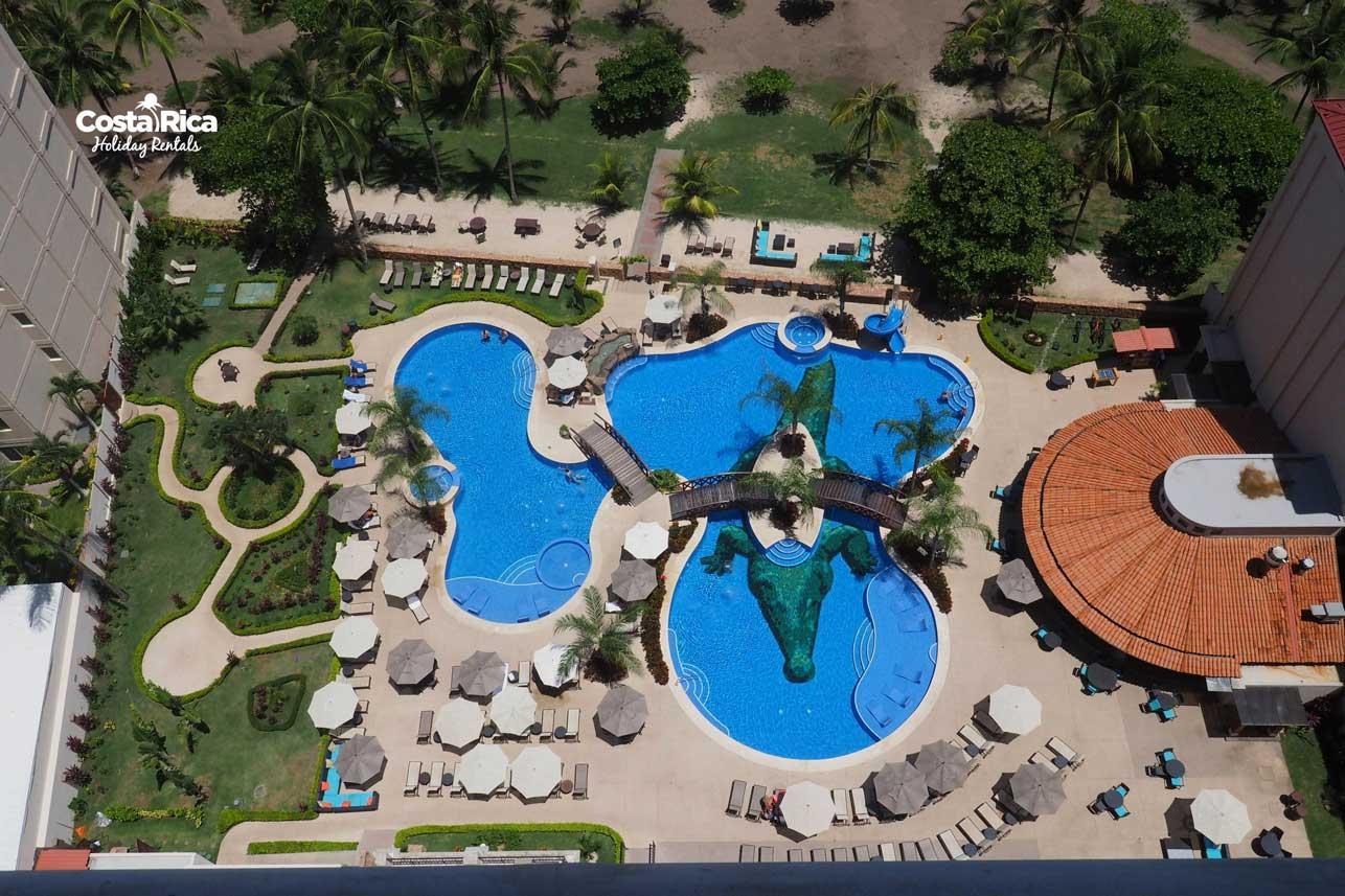 Penthouse-Crocs-Resort-(14)