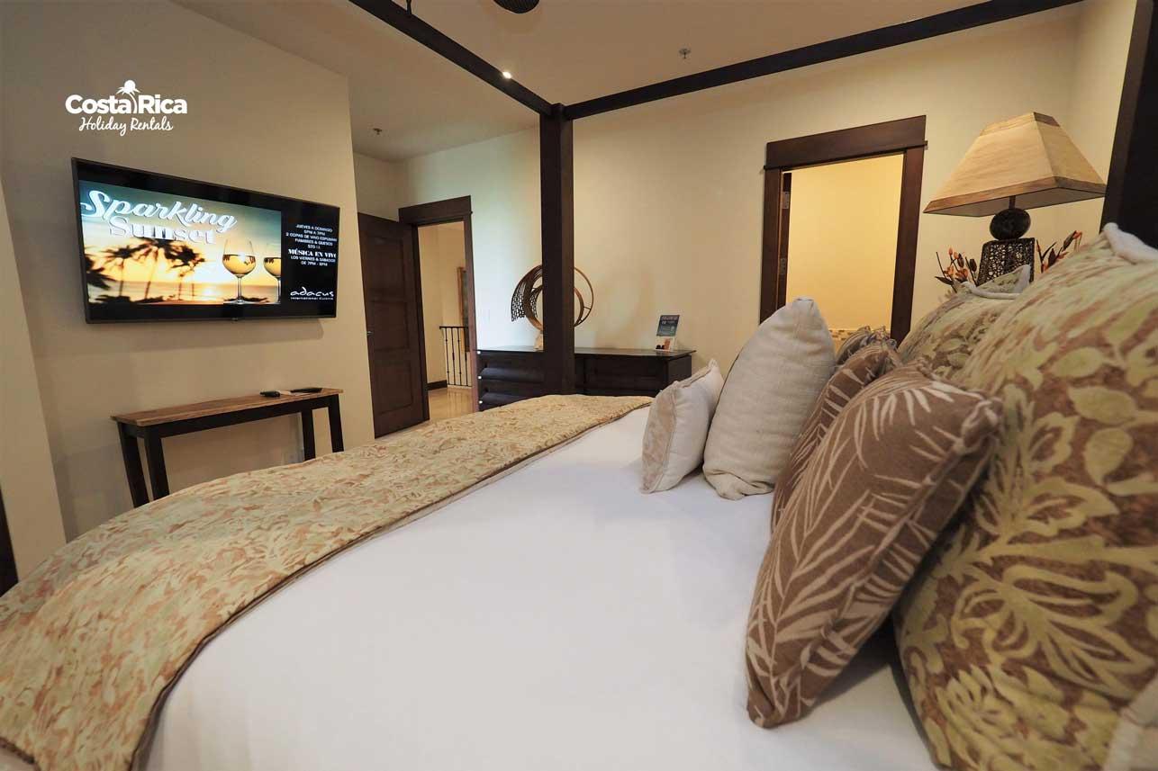 Penthouse-Crocs-Resort-(47)