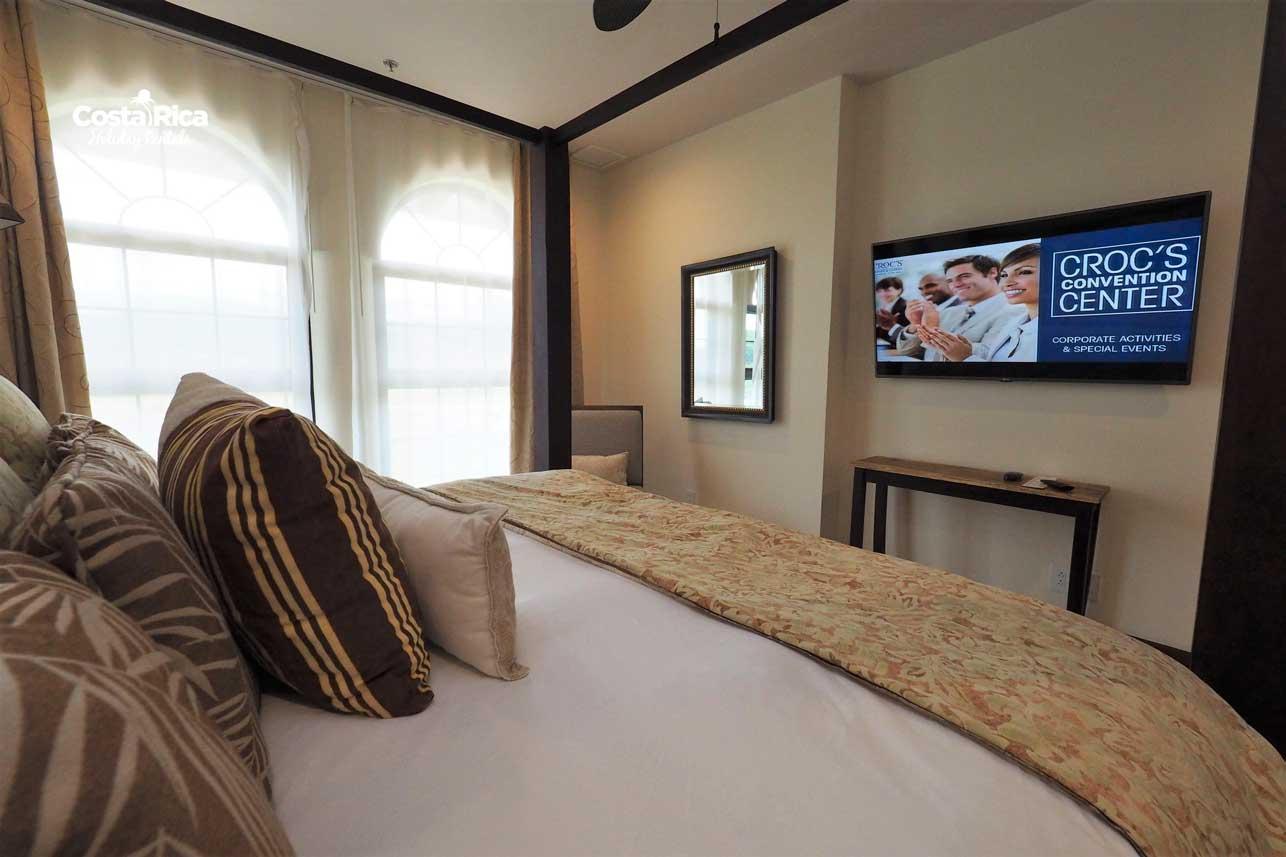 Penthouse-Crocs-Resort-(52)